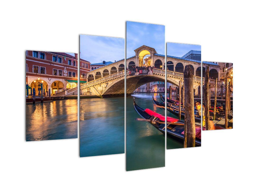 Kép a falon - híd Velencében